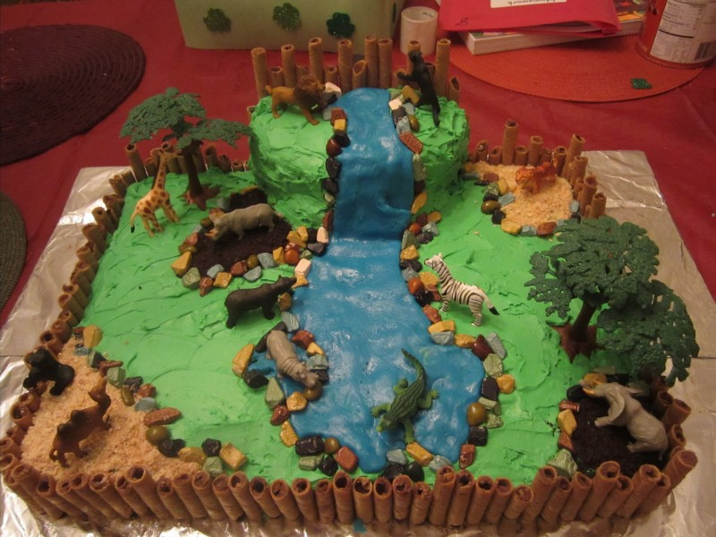 How to Make a Birthday Zoo Cake (Despite Negligible Cake ...
